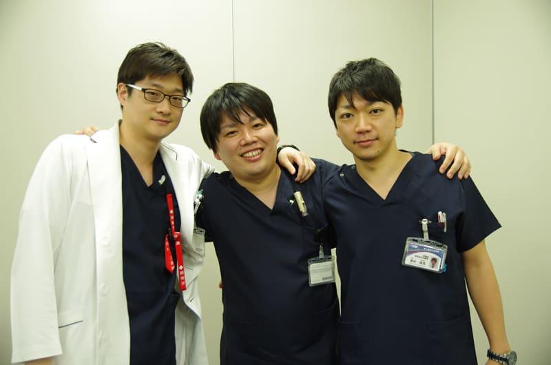 左から李勍熙先生、津英介先生、湯田琢馬先生
