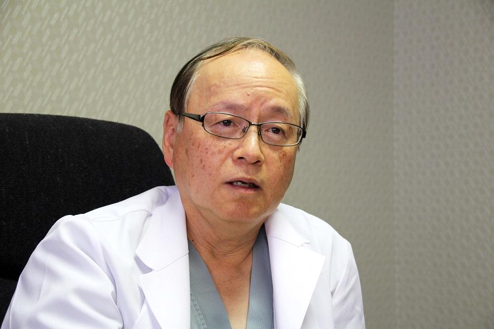院長 勝峰 康夫先生