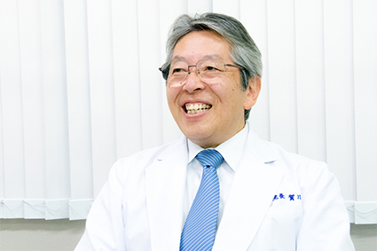賀川幸英院長