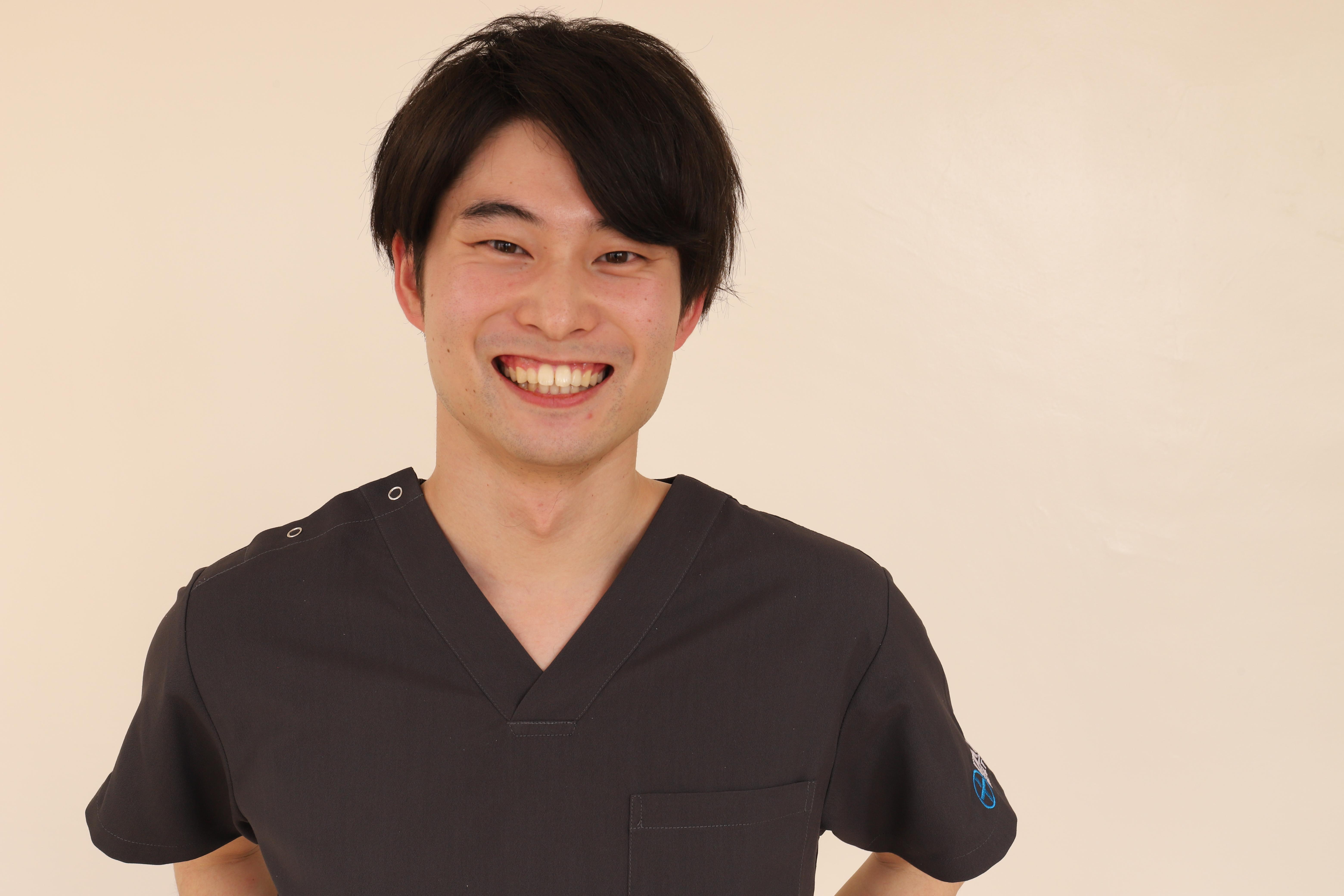 総合大雄会病院 初期研修医1年目 本南 研人先生